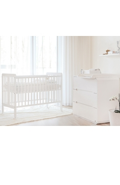 WHITE YappyStar baby cot and YappyOwl dresser